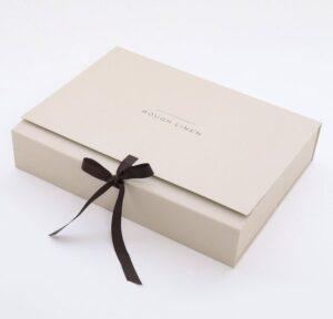 Подарочные коробки в Алматы